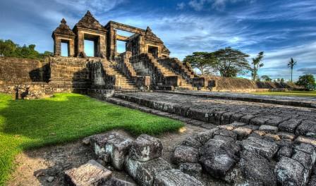 wisata-istana-ratu-boko-di-yogyakarta