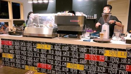 Yellow Truck Coffee - tempat nongkrong di depok