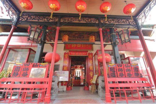 Sin Sze Ya Temple via Pinterest - Tempat Wisata di Kuala Lumpur