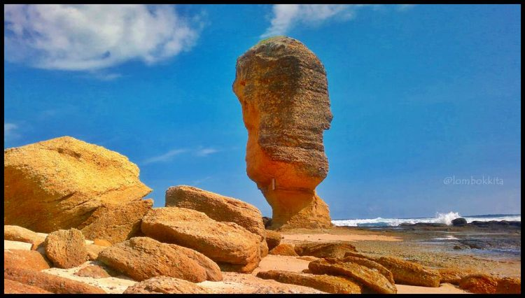 Batu Payung, Tanjung Aan via Lombokkita