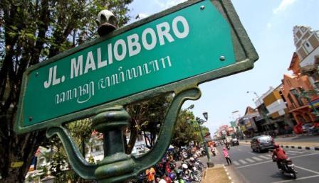 Berwisata ke Jalan Malioboro di Jogja