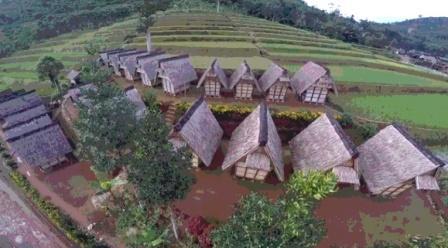 Berwisata ke Kampung Ciptagelar Sukabumi