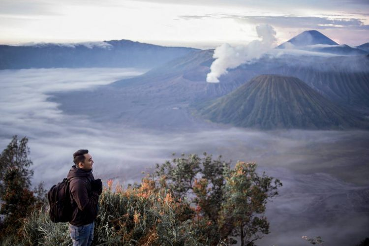 Bukit Cinta via Felikramantara