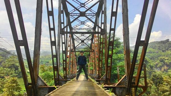 Jembatan Kereta Api Cikudapateuh Ciwidey via Penjajakata