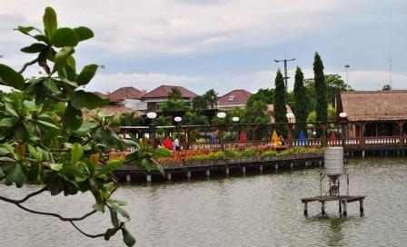 Semarang merupakan salah satu Kota di Jawa Tengah merupakan salah satu Kota terbesar di In 74 Tempat Wisata di Semarang yang Harus Dikunjungi
