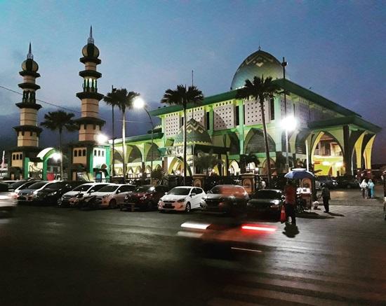 Masjid Agung An Nur Batu via Homeshamiltoncountry