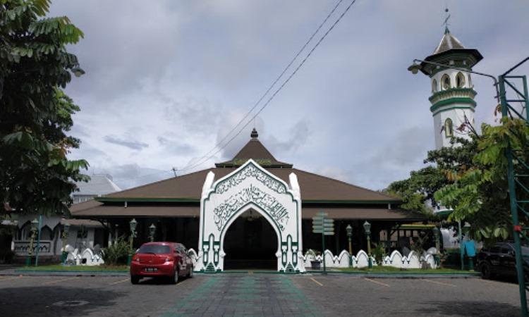 Masjid Al-Wustho Mangkunegaran via Google Maps