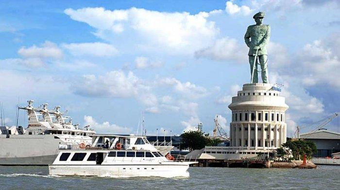 Monumen Jalesveva Jayamahe via Tribunnewswiki
