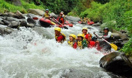 Ndayung Rafting