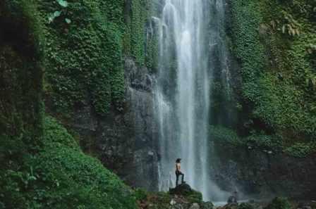 Objek Wisata Alam Curug Cibeureum Sukabumi
