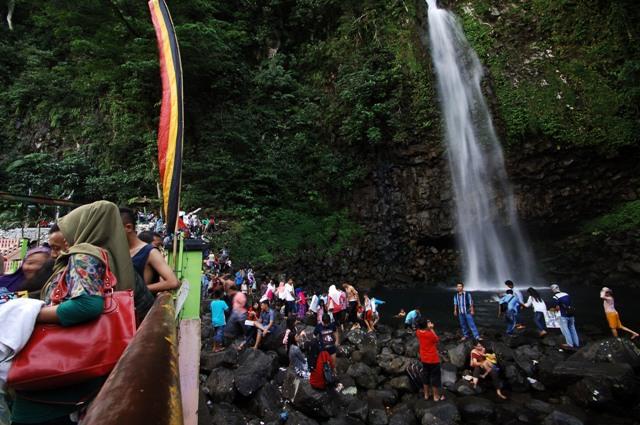 Objek Wisata Lembah Anai - tempat wisata di Padang
