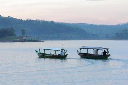 Objek Wisata Tirta Waduk Cacaban Tegal