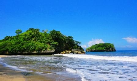 Pantai Bajul Mati Malang - Tempat wisata di Malang