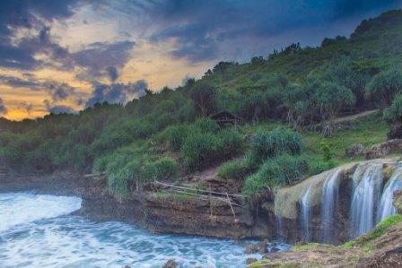 Pantai Jogan - tempat wisata di Jogja