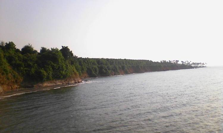 Pantai Punuk Sapi via Alamtradisional.blogspotcom