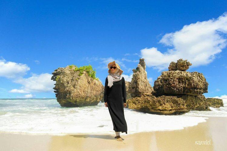 Pantai Selok via IG @yoikimalang
