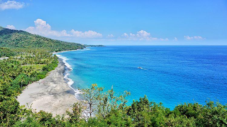 Pantai Setangi via IG @fanobrott