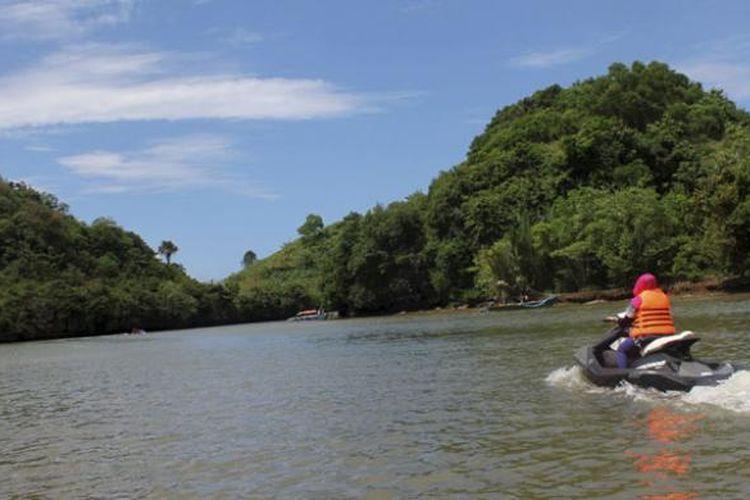Pantai Ungapan via Kompas