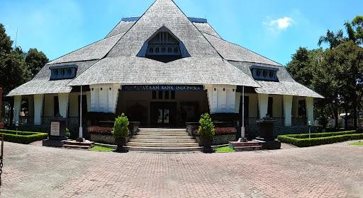 Perpustakaan Bank Indonesia via Ayorek