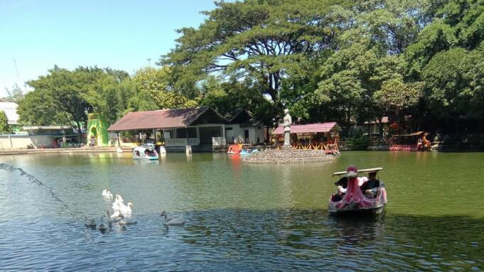 Taman Balekambang via Google Maps