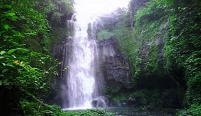 Tempat Wisata Air Terjun Sindang Kelingi Bengkulu