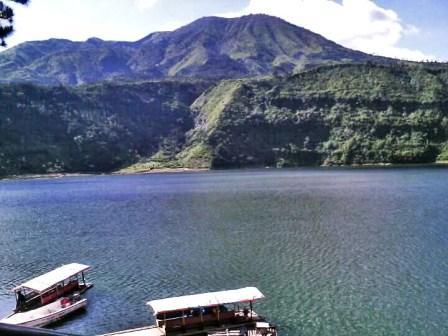 Tempat Wisata Alam Telaga Menjer di Dieng - tempat wisata Dieng