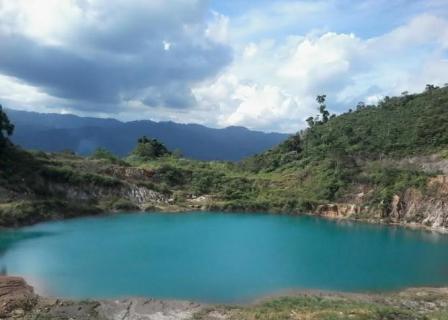 Tempat Wisata Danau Lebong di Bengkulu Tengah
