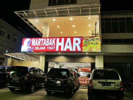 Tempat Wisata Kuliner Terkenal Martabak HAR di Palembang