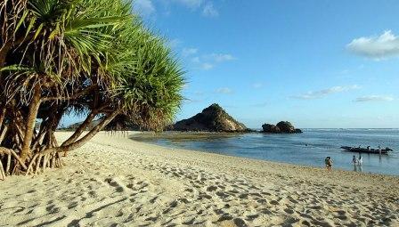 Tempat Wisata Pantai Kuta Lombok