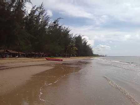 Tempat Wisata Pantai Lamaru Balikpapan