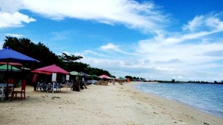 Tempat Wisata Pantai Ombak Mati di Jepara
