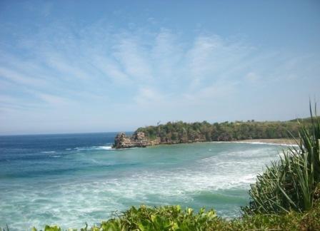 Wisata Pantai Serang