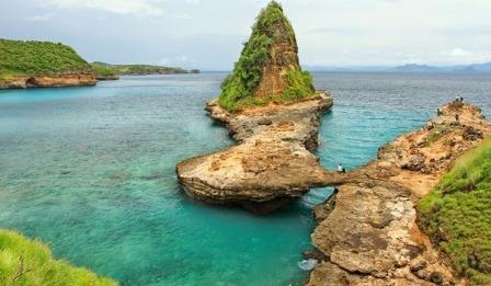 Tempat Wisata Pantai Tanjung Bloam Lombok