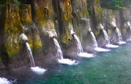 Tempat Wisata Pemandian Air Panas Guci Tegal