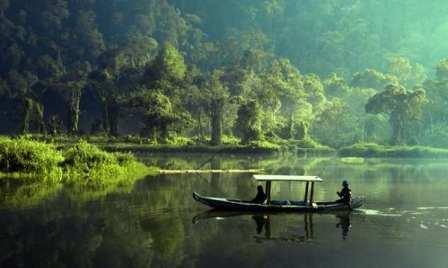 Tempat Wisata Situ Gunung Sukabumi