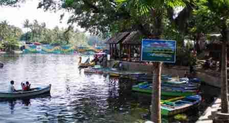 Wahana Wisata Wendit Water Park Malang