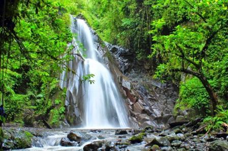 Wisata Air Terjun Selendang Arum Banyuwangi - tempat wisata di banyuwangi