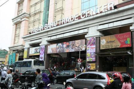 Wisata Belanja Pasar Baru di Bandung