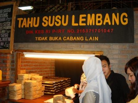 Wisata Kuliner Tahu Susu Lembang