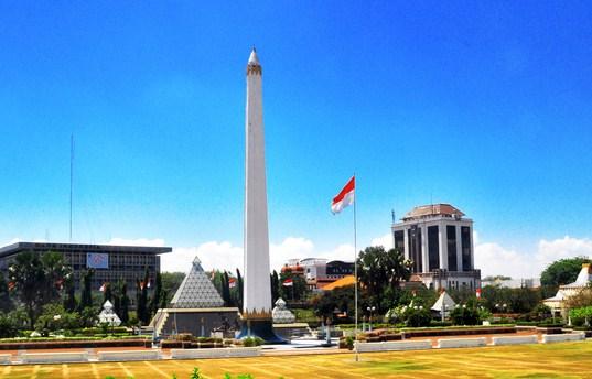 Wisata Monumen Pahlawan