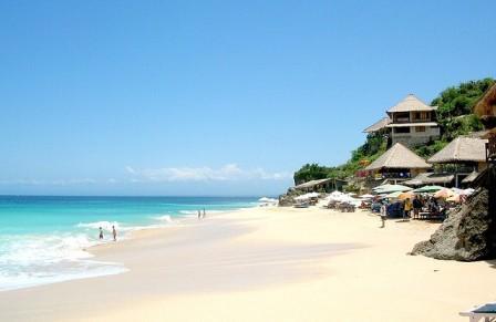 Pantai Dreamland - Tempat Wisata di Bali Selatan