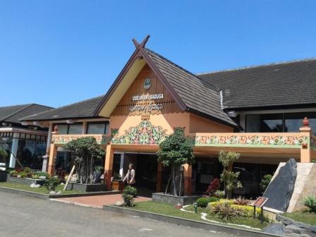 Bandung merupakan salah satu kota terbesar di Indonesia Daftar Objek Wisata di Bandung yang Menarik Dikunjungi