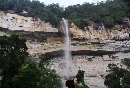 Air Terjun Batang Kapas