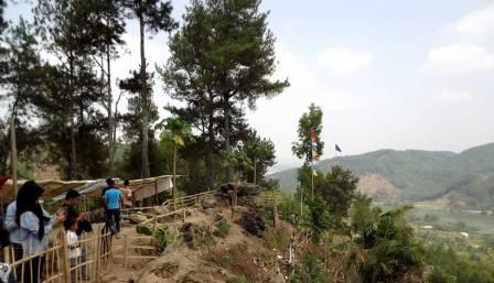 Bukit Watu Meja