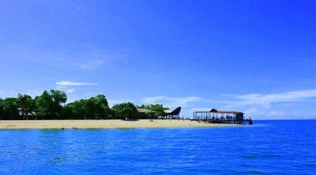 Destinasi Wisata Pulau Kayangan di Makassar