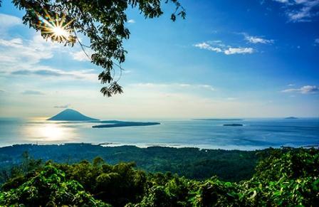 Gunung Tumpa di Manado