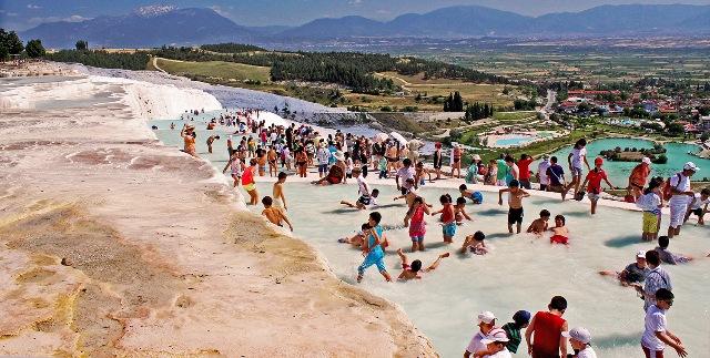 Kolam Air Panas Pamukkale