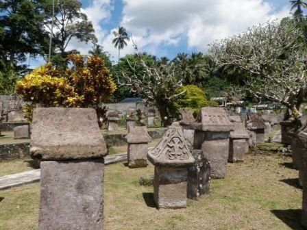 Liburan ke Situs Waruga Sawangan - tempat wisata di Manado