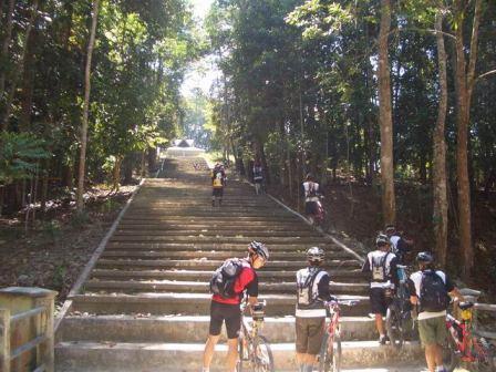 Liburan ke Taman Hutan Raya Sultan Syarif Kasim