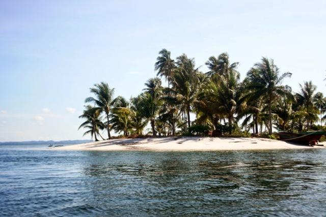 Menikmati keindahan Bawah Laut di Pulau Abang Besar Batam